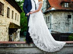 piękna, asymetryczna suknia Maggio Ramatti