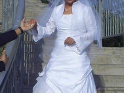 piękna biała suknia classa