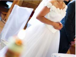Piękna biała suknia z tiulu i satyny, na panią o wzroście 160 cm