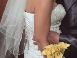 piękna elegancka suknia
