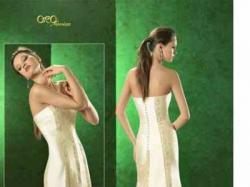 Piękna, elegancka suknia hiszpanska