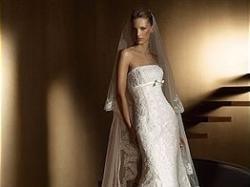 Piękna Hiszpańska suknia ślubna San Patrick model Beret,koronkowa