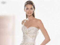 Piękna Hiszpańska suknia z kolekji 2009 Atelier Diagonal 1843