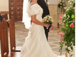 Piękna i klasyczna suknia ślubna PARYŻANKA 2011