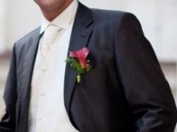 Piękna kamizelka ślubna, musznik i butonierka marki WILVORST
