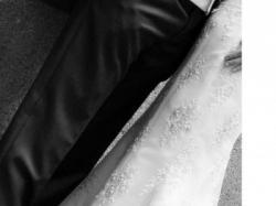 Piękna, kobieca, wytworna, suknia ślubna Demetrios 4233 roz. 36 wzr.172