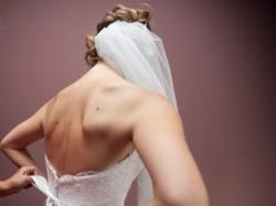 Piękna, koronkowa suknia ślubna + gratis
