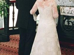Piękna, koronkowa suknia ślubna Opal firmy Nabla