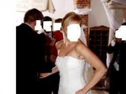 Piękna koronkowa suknia ślubna rozm. 36 + gratisy