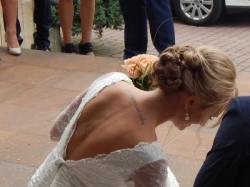 Piękna koronkowa suknia ślubna rybka ecru