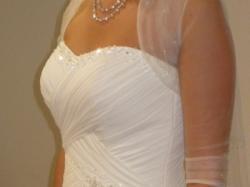 Piękna muślinowa suknia ślubna