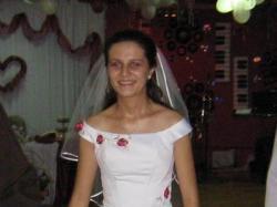 Piękna, romantyczna, subtelna, dwuczęściowa suknia ślubna       firmy Adesso w r