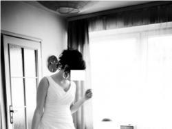 Piękna, skromna suknia ślubna