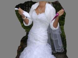 piękna suknia Divina Sposa, Lanciana, falbany, hiszpańska