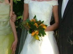 piękna suknia jasna ecru