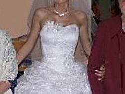 Piękna suknia Karina