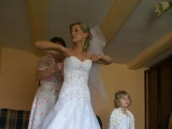 Piękna suknia Kate, z firmowego salonu Annais Bridal, kryształy Swarowskiego