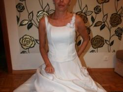 Piękna suknia projektanta ALFREDA ANGELO kupiona w Londynie