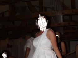Piekna suknia slubna 44 krotka