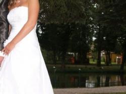 Piękna suknia ślubna,bardzo oryginalna,szyta na zamówienie wg własn. projektu