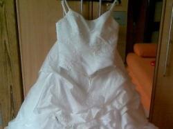 Piekna Suknia Ślubna Biała