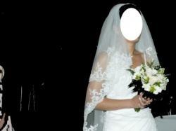 Piękna suknia ślubna CARLA z kolekcji 2011 od Annais Bridal