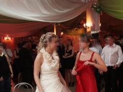 Piękna suknia ślubna ecri z gratisami
