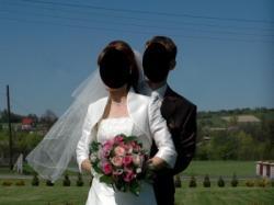 Piękna suknia ślubna ecru rozm 36