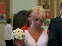 Piękna suknia ślubna firmi Lissa Ferrera
