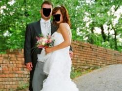 Piękna suknia ślubna firmy Benjamin Roberts