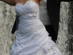 Piękna Suknia Ślubna firmy Classa rozmiar 40