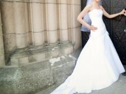Piękna suknia ślubna firmy Fasson