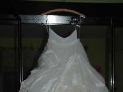 Piękna suknia ślubna firmy M.B.M Duber+halka