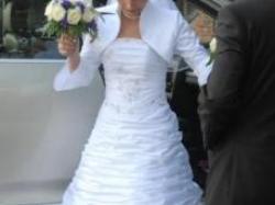 Piękna suknia ślubna: gorset + spódnica