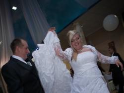 Piękna suknia ślubna-ideał!!!!