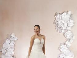 Piękna suknia ślubna, kolekcja Sweetheart 2013, model 6000. Zapraszam!