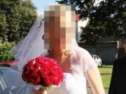 Piekna suknia śłubna komplet bolerko welon 38-40