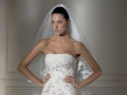 piękna suknia slubna Madonna 2008 ,pronovias Deusto oraz garnitur Wilvorst