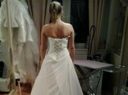 Piękna Suknia Ślubna, model Litera A