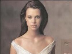Piękna suknia ślubna Pronovias Telma