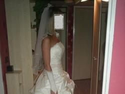 Piękna suknia ślubna ROYAL.