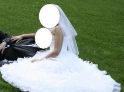 Piękna suknia śłubna roz.38-40. Hafty, diamenciki, falbany