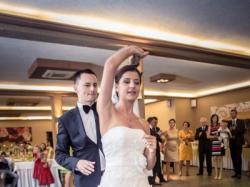 Piękna suknia ślubna Sincerity 3671