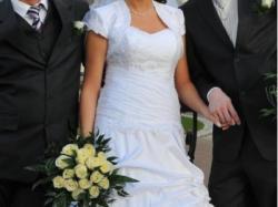 Piękna suknia ślubna Stella na  lato – rozmiar 40