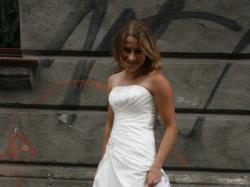 Piękna suknia ślubna - w sklepie, nieużywana!