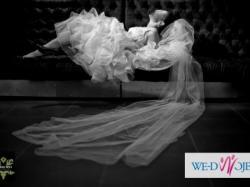 Piękna suknia ślubna w stylu hiszpańskim z gorsetem