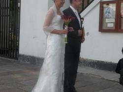 Piękna suknia ślubna w stylu retro