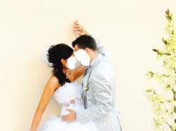 Piękna suknia ślubna z trenem jak księżniczka