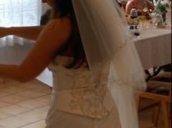 Piękna Suknia Ślubna ze Złotymi Haftami TANIO
