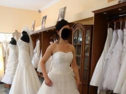 piekna suknia tiul francuska lekka zwiewna